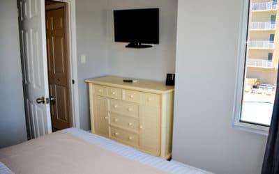Room 411 -18